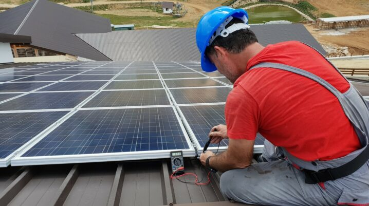 The Business Benefits of Switching to Solar Energy